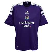 08-09 Newcastle United Away