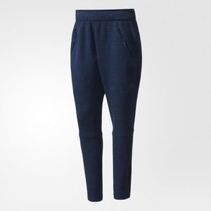 Women ZNE Road Trip Pants - Navy