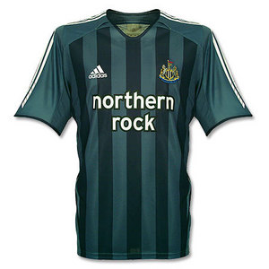 05-06 Newcastle Away S/S