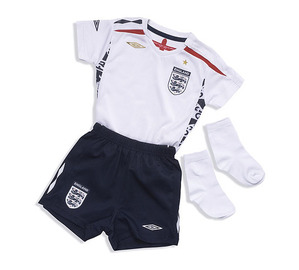 07-09 ENGLAND Home Infants Kit