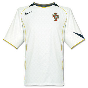 04-06 Portugal Away + 21 NUNO GOMEZ (Size:M)