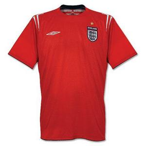 04-06 ENGLAND Away + 19 J.COLE (Size:M)