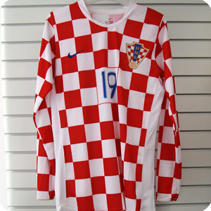 06-08 Croatia Home L/S + 19.KLANJCAR (Size:L) - Authetic / Player Issue