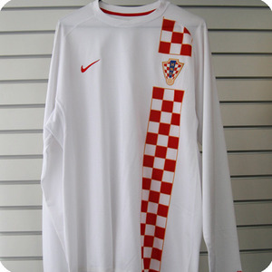 06-08 Croatia L/S - Authetic / Player Issue (White)