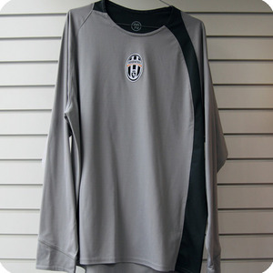 04-05 Juventus Training Top L/S (Authentic / Player Issue)