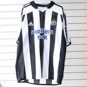 03-05 Newcastle Home + 32 ROBERT + P/L Patch