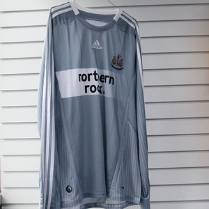 08-09 Newcastle United 3rd L/S